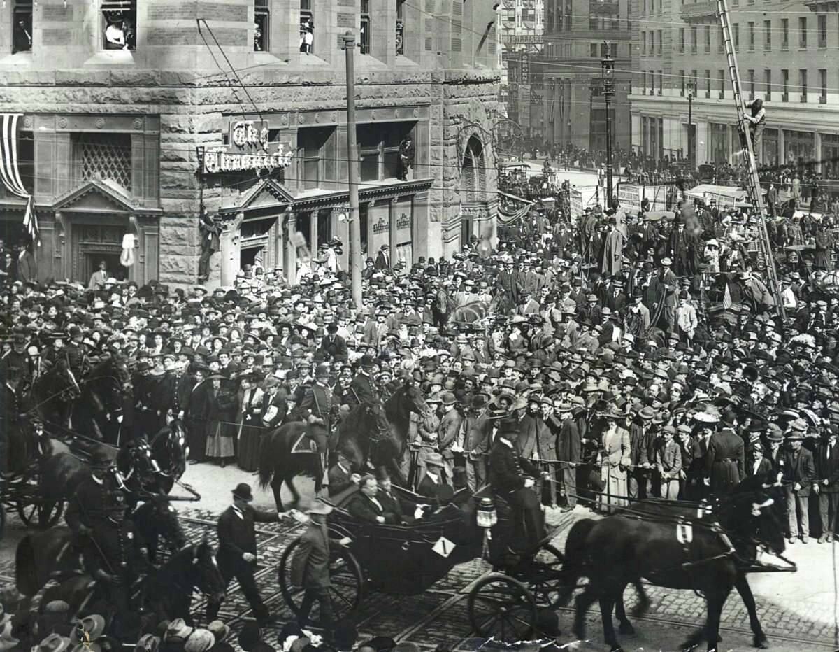 President William Howard Taft passes the old Chronicle building during a parade in San Francisco in 1911. He was in town for ground-breaking ceremonies for the Panama-Pacific International Exposition.