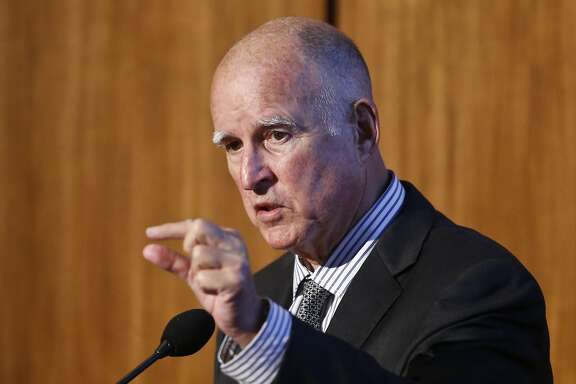 California Gov. Jerry Brown speaks at Carbon Neutrality Initiative on the campus of the University of California-San Diego, in Tuesday, Oct. 27, 2015, San Diego. At the two-day climate change summit at UC San Diego researchers are discussing their blueprint for concrete action that the state and the world should take to tackle the problem. (AP Photo/Lenny Ignelzi)