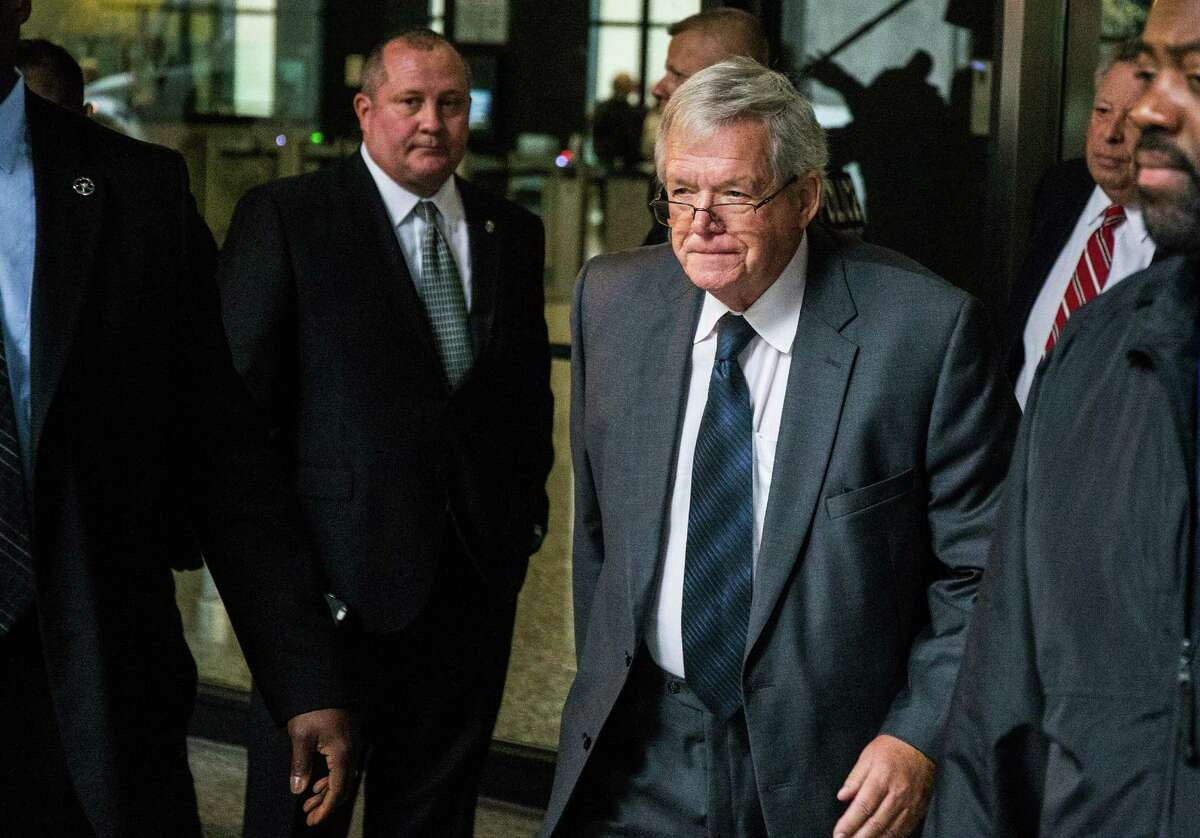 Former U.S. House Speaker Dennis Hastert leaves after a guilty plea at Dirksen U.S. Courthouse on Wednesday, Oct. 28, 2015 in Chicago. (Zbigniew Bzdak/Chicago Tribune/TNS)