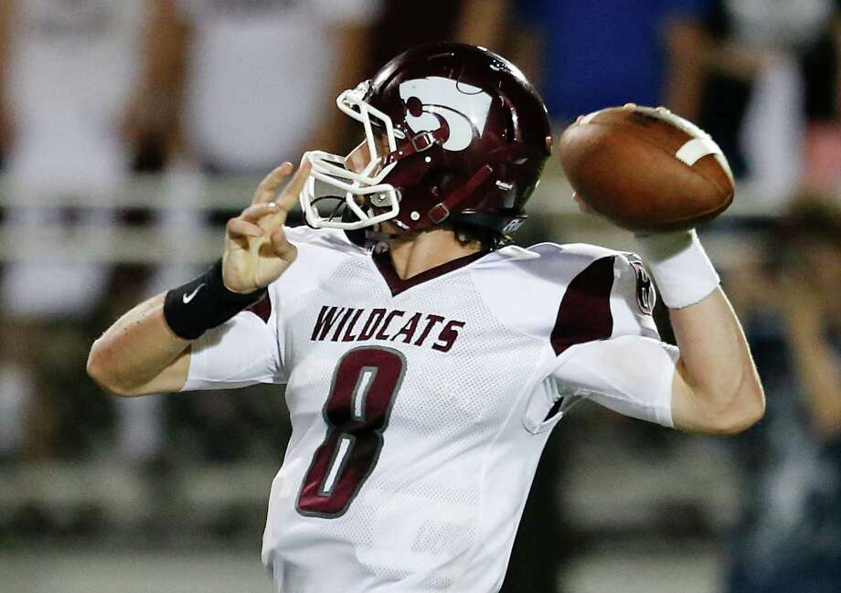 Clear Creek quarterback Chase Hildreth likely will have to be sharp Friday night against Dickinson in a battle of unbeatens that promises to be high-scoring. Photo: Thomas B. Shea / © 2015 Thomas B. Shea