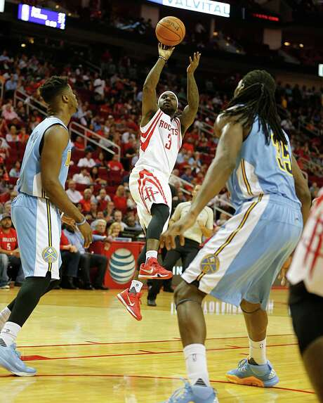 Rockets guard Ty Lawson managed to hit only six of 21 shots against his former team. Photo: James Nielsen, Staff / © 2015  Houston Chronicle
