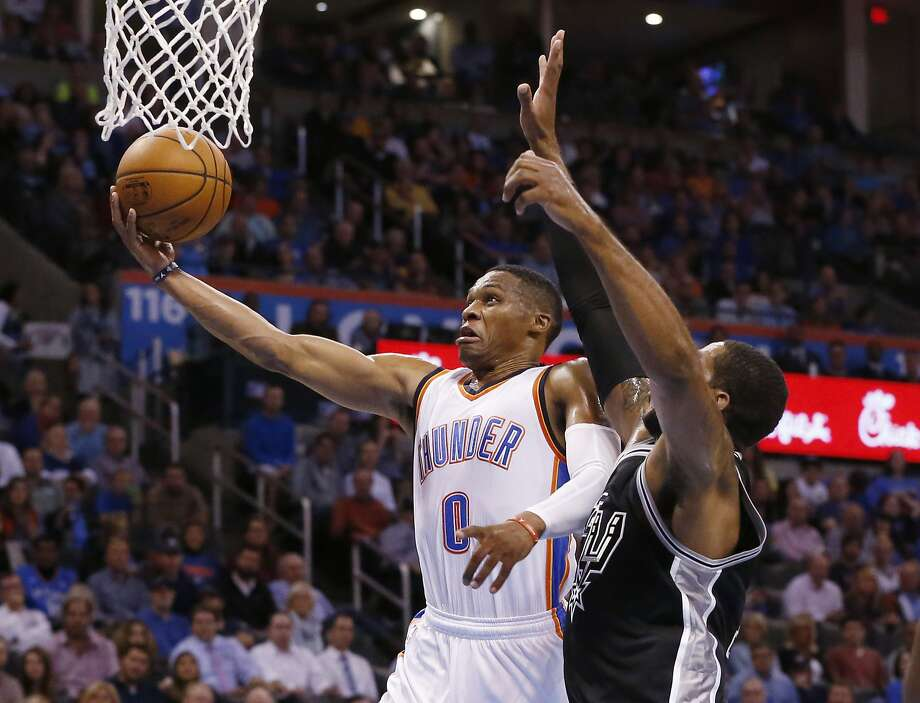 Thunder top Spurs in head coach Billy Donovan's NBA debut