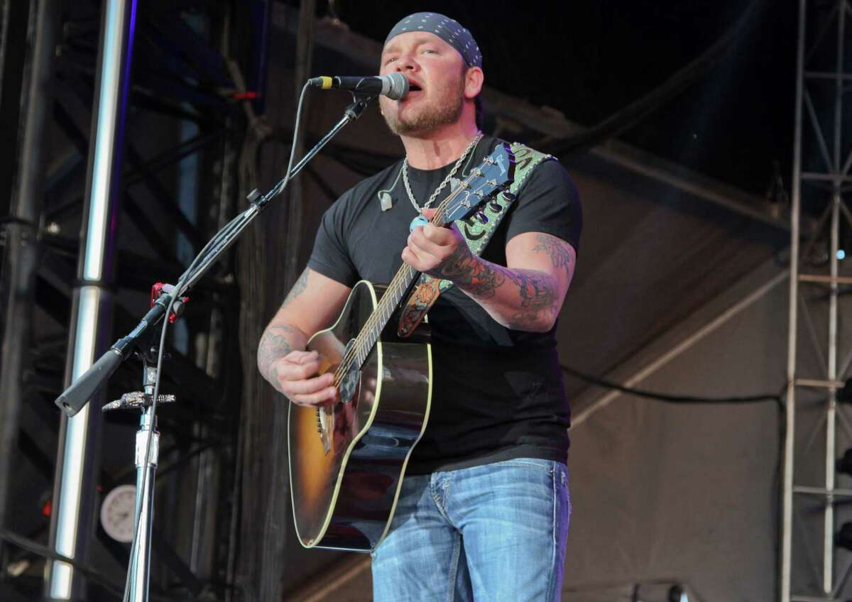 """Stoney LaRue has released """"Us Time,"""" which covers many of his favorites."""