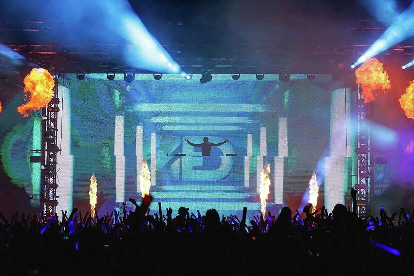 SAN ANTONIO, TX - OCTOBER 28: Zedd performs onstage during Victoria's Secret PINK Hosts PINK Nation Game On! Bash At UTSA on October 28, 2015 in San Antonio, Texas.
