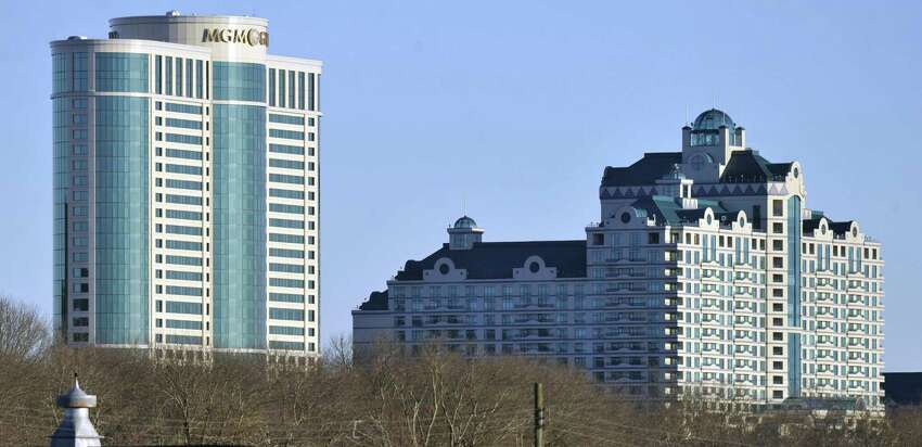 Foxwoods Resorts Casino Ledyard, Conn. Deals: Discounts at restaurants and hotel. Find out more.