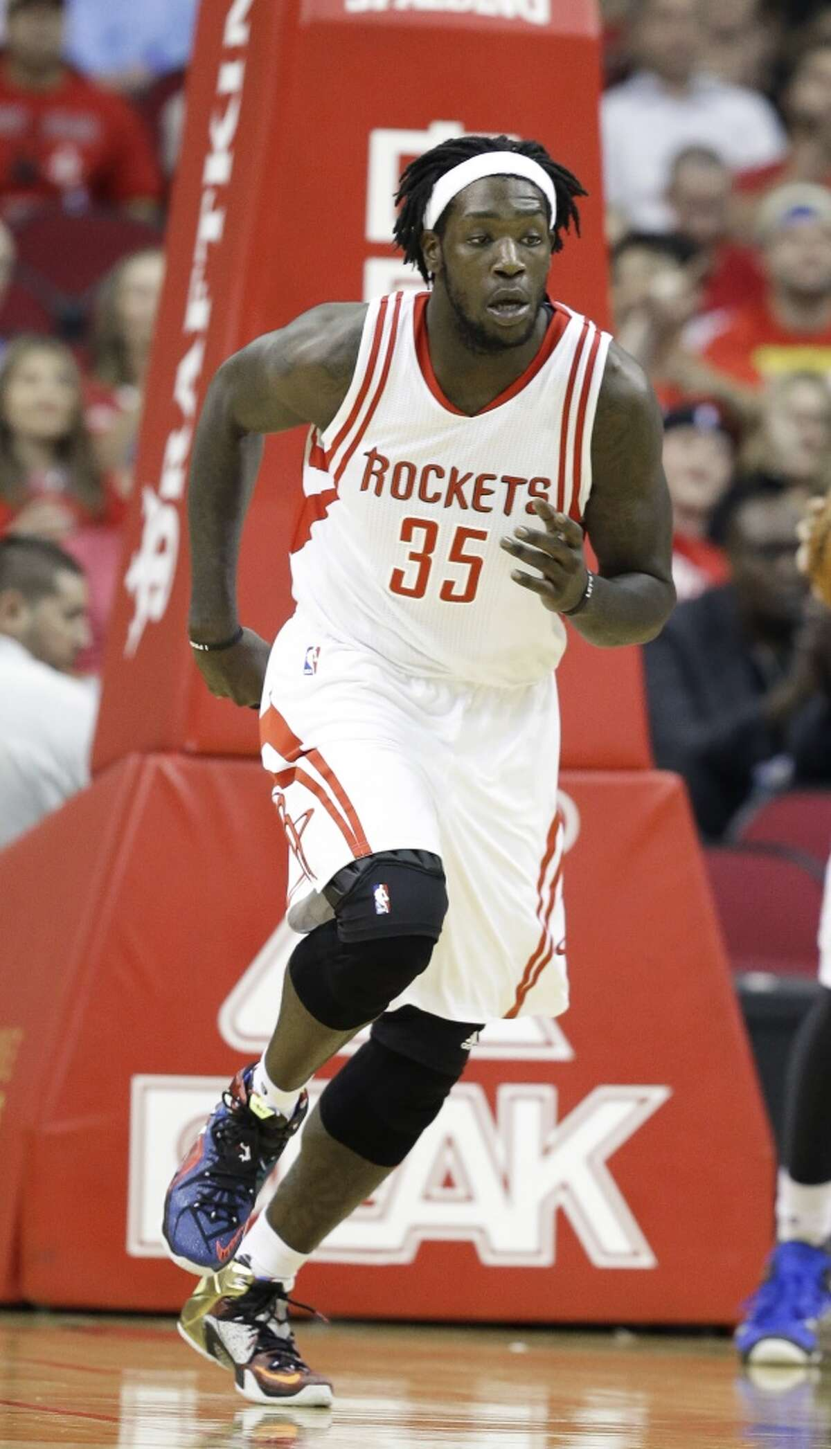 Oct. 20: Montrezl Harrell mentioned in Louisville scandal The season hadn't started yet, and rookie Montrezl Harrell hadn't even officially started his NBA career, but his name already was in the middle of a controversy. He was one of the Louisville players mentioned in an ESPN Outside the Lines piece in the Louisville recruiting scandal. A former escort said Harrell had sex at Louisville's recruiting parties and it was all paid for by a Louisville assistant.
