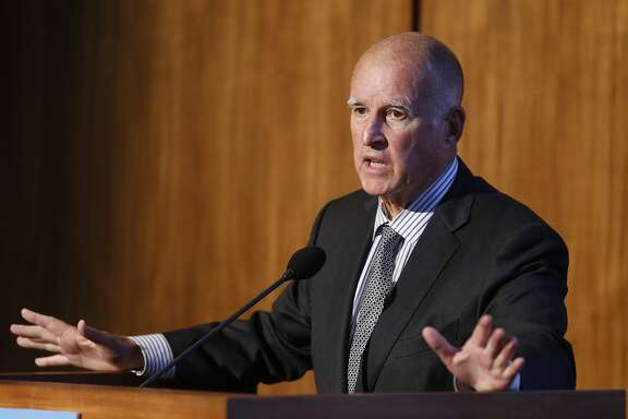 California Gov. Jerry Brown speaks at the Carbon Neutrality Initiative on the campus of the University of California-San Diego, Tuesday, Oct. 27, 2015, San Diego. At the two-day climate change summit at UC San Diego researchers are discussing their blueprint for concrete action that the state and the world should take to tackle the problem. (AP Photo/Lenny Ignelzi)