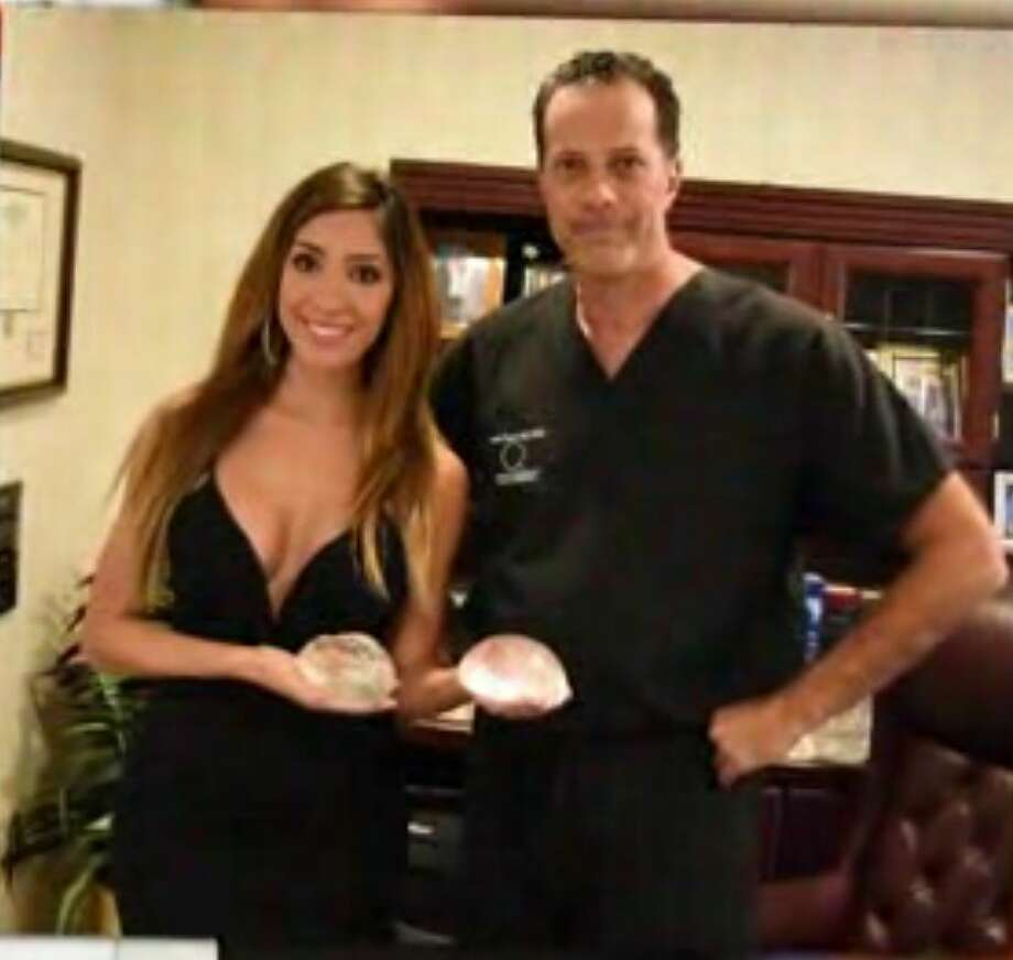 Farrah Abraham got a new set of breasts as part of her third breast augmentation surgery, giving people a peek into the operation and the final product. Photo: White, Tyler L, Courtesy/Inform.com