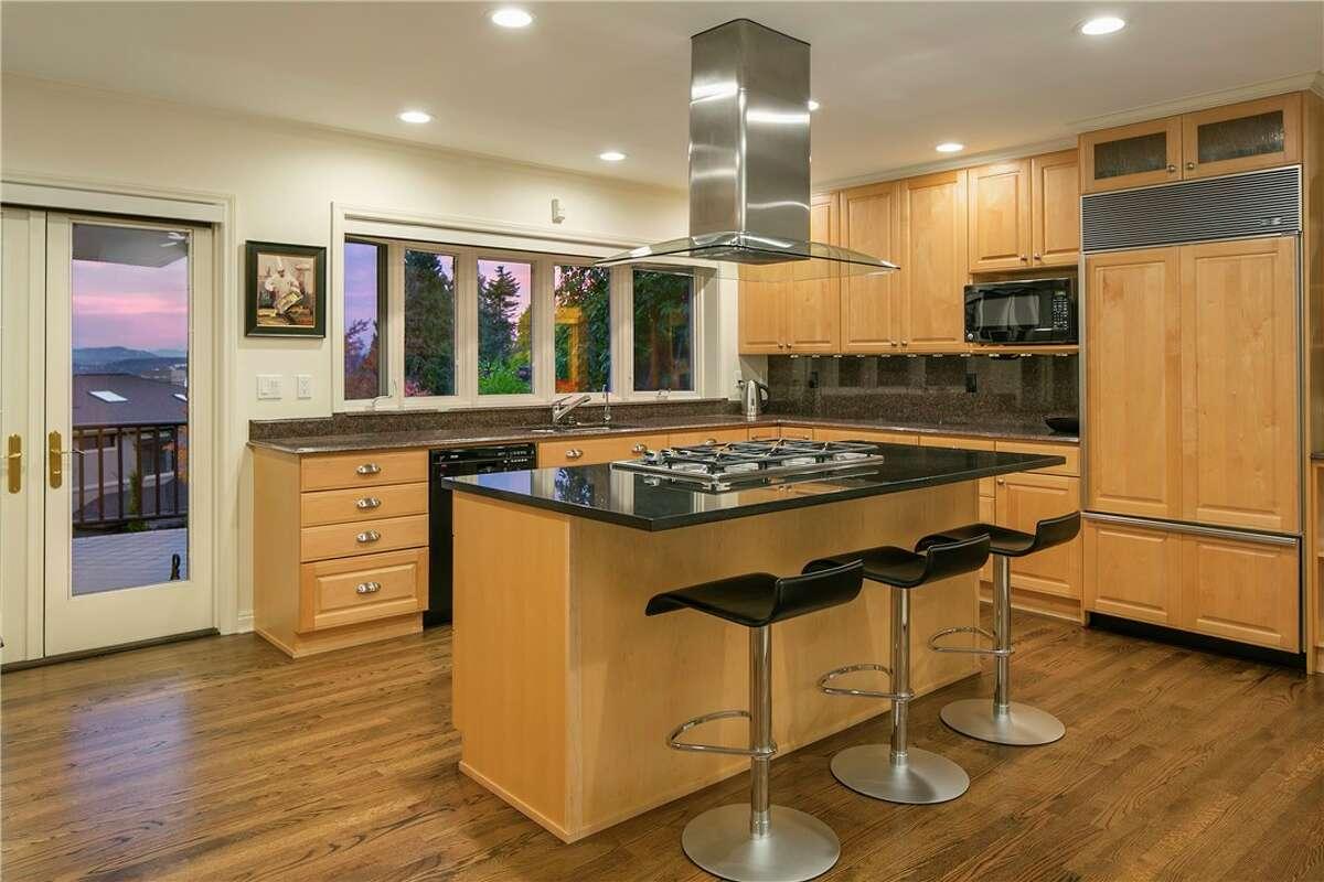 The kitchen in 825 Hillside Drive E.