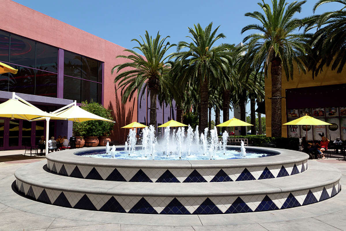 10. Irvine, CA Restaurants per 10k people: 32.2 Bars per 10k people: 2.0 Percent of the population that is not married: 37.0 Percent of the population that has a bachelor's degree or higher: 64.9Source: FindTheHome