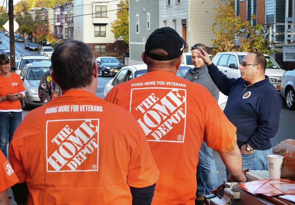 And Home Depots Lynn Albany Housing Coalition Director Of Veterans Services Lee Vartigian Right Speaks With The More