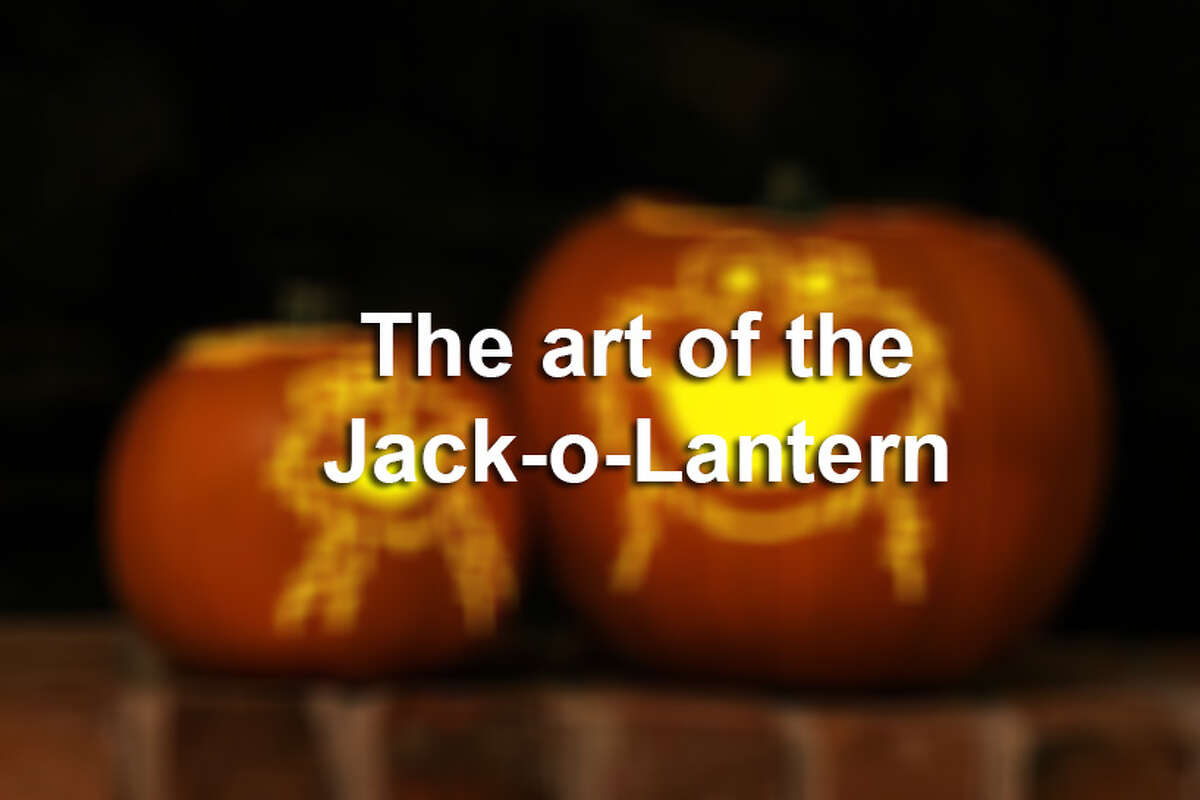Check out these awesome Jack-o-Lantern designs.