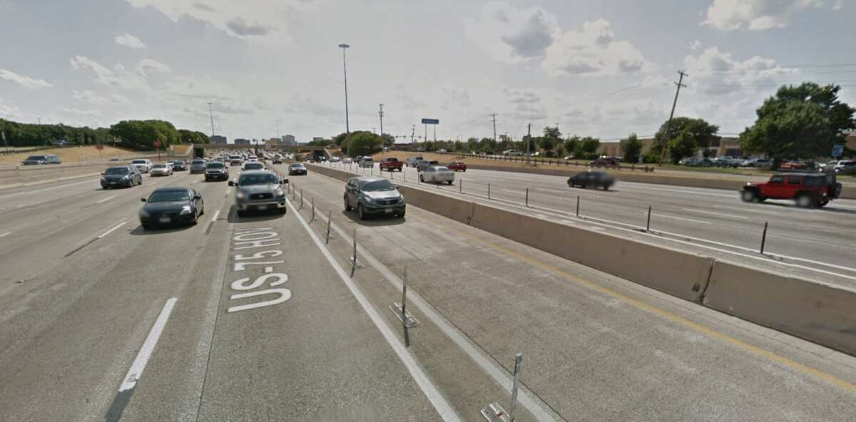 Rank: 30Roadway: U.S. 75 between President George Bush Turnpike / Texas 190 and I-635 County: DallasAnnual cost of delay: $42.51 million Annual hours of delay: 293,884