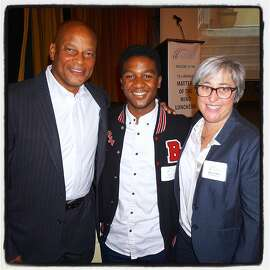 """Gridiron great Ronnie Lott (left) with Gateway Public Schools Student Dexter Cato and Gateway Executive Director Sharon Olken at the school's """"Matters of the Mind"""" lunch. Oct 2015."""