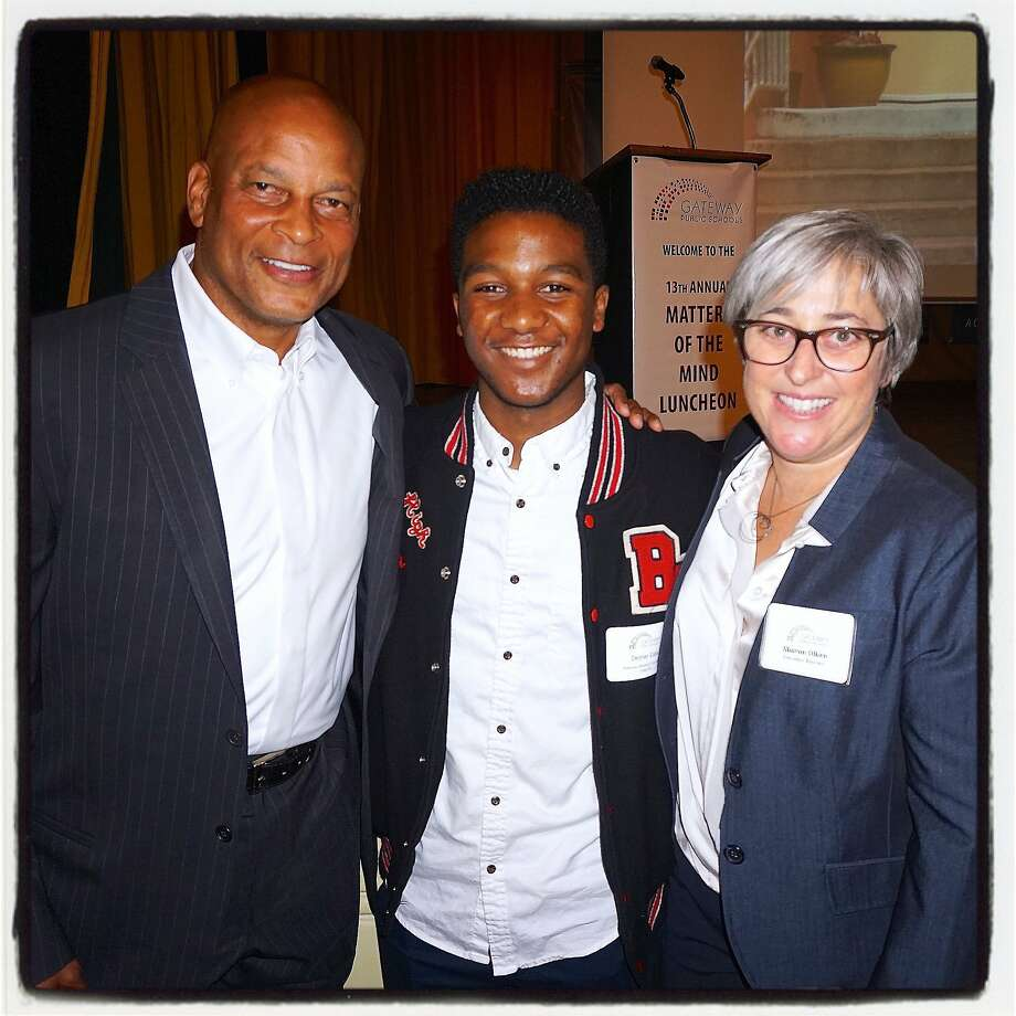 """Gridiron great Ronnie Lott (left) with Gateway Public Schools Student Dexter Cato and Gateway Executive Director Sharon Olken at the school's """"Matters of the Mind"""" lunch. Oct 2015. Photo: Catherine Bigelow, Special To The Chronicle"""