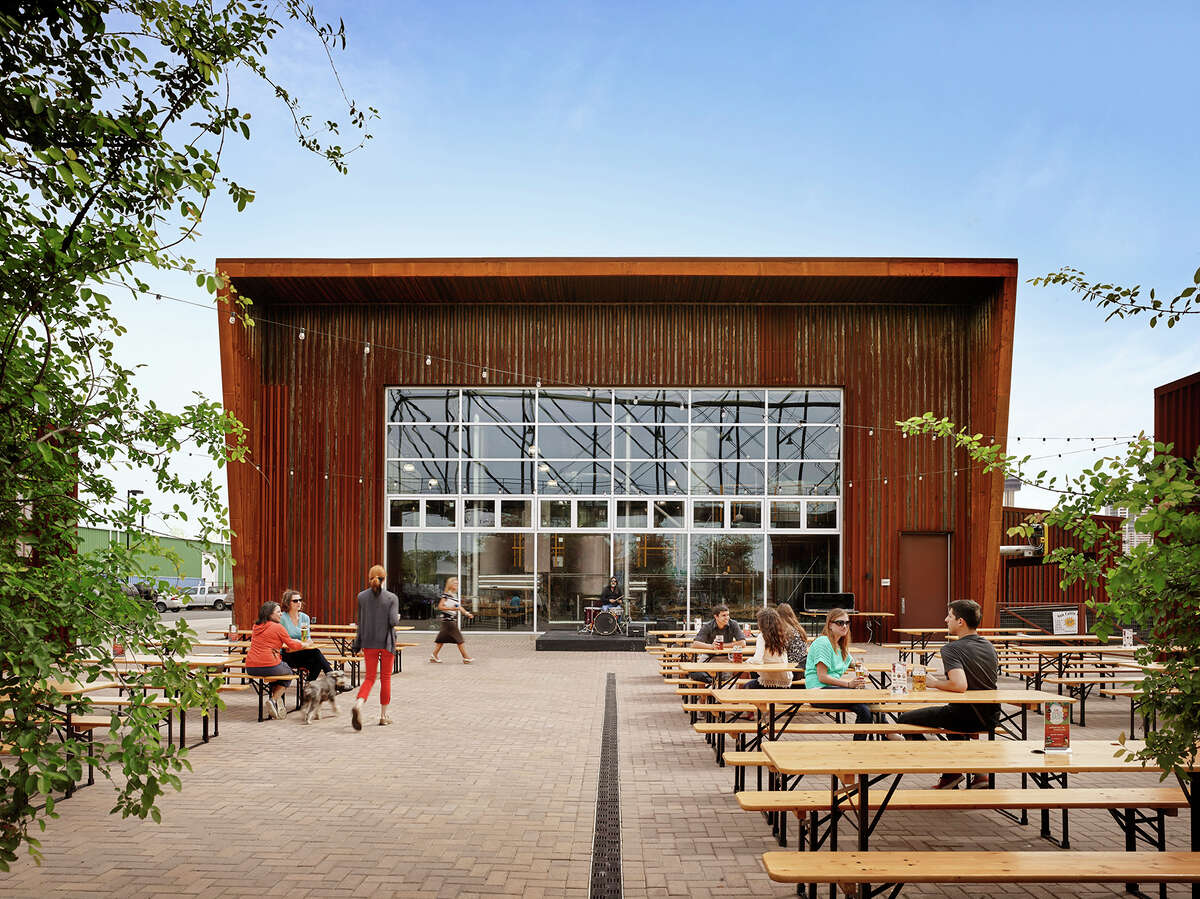 Alamo Brewery Lake|Flato Architects won a 2015 AIA Honor Award (the highest award) for the Alamo Brewery.