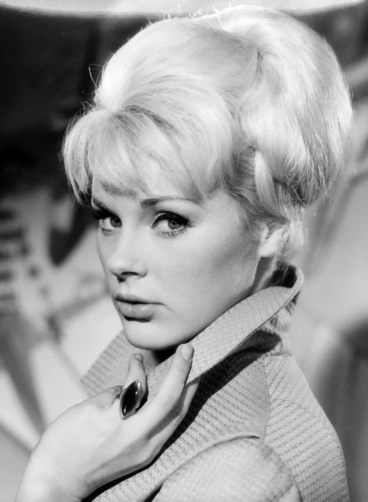 Return with us now to the 1960s ... the relatively calm early '60s, when actresses were often considered part of the set decoration. You may not have heard of German-born Elke Sommer, but she was very much a product of that time.