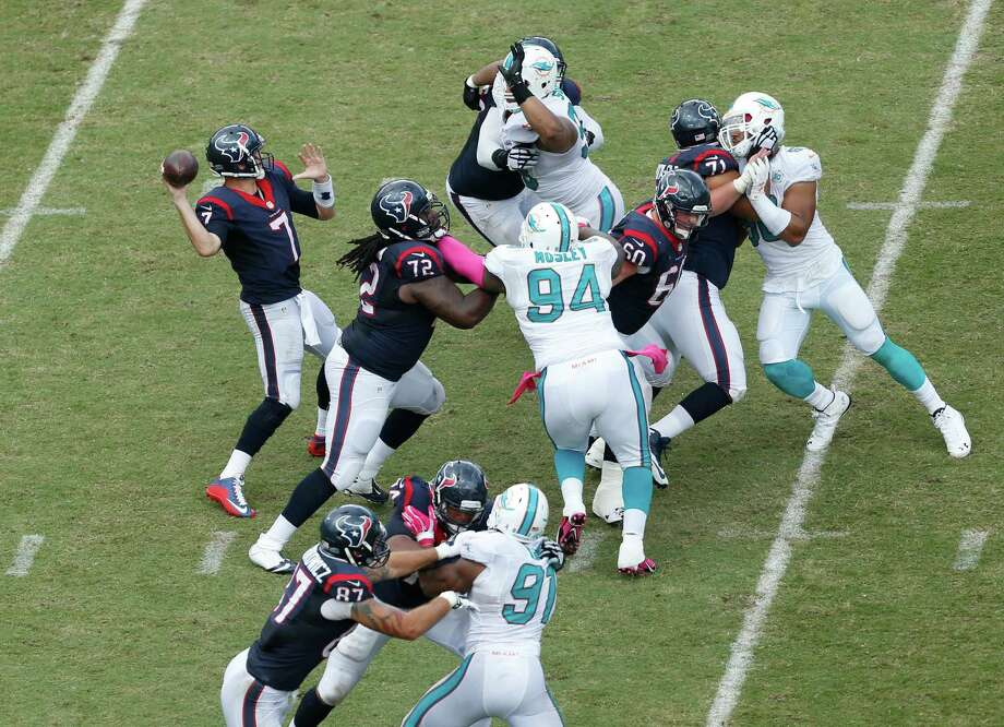 Houston Texans quarterback Brian Hoyer (7) aims a pass during the second half of an NFL football game Miami Dolphins, Sunday, Oct. 25, 2015 in Miami Gardens, Fla. (AP Photo/Joel Auerbach) Photo: Joel Auerbach, FRE / Associated Press / FR17067388