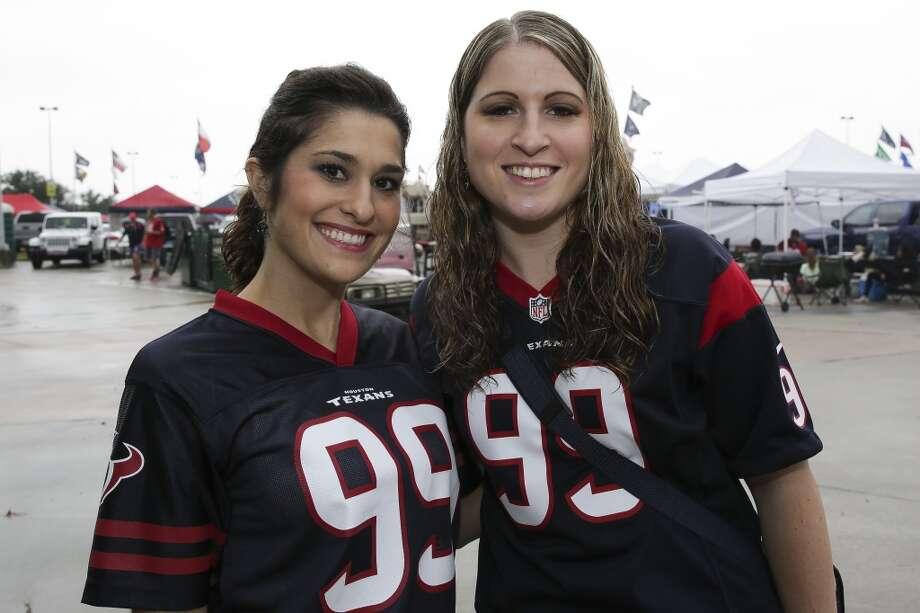 Fans tailgate before the start of the Texans vs. Titans game at NRG Stadium on Sunday, Nov. 1, 2015, in Houston. ( Michael Ciaglo / Houston Chronicle ) Photo: Houston Chronicle