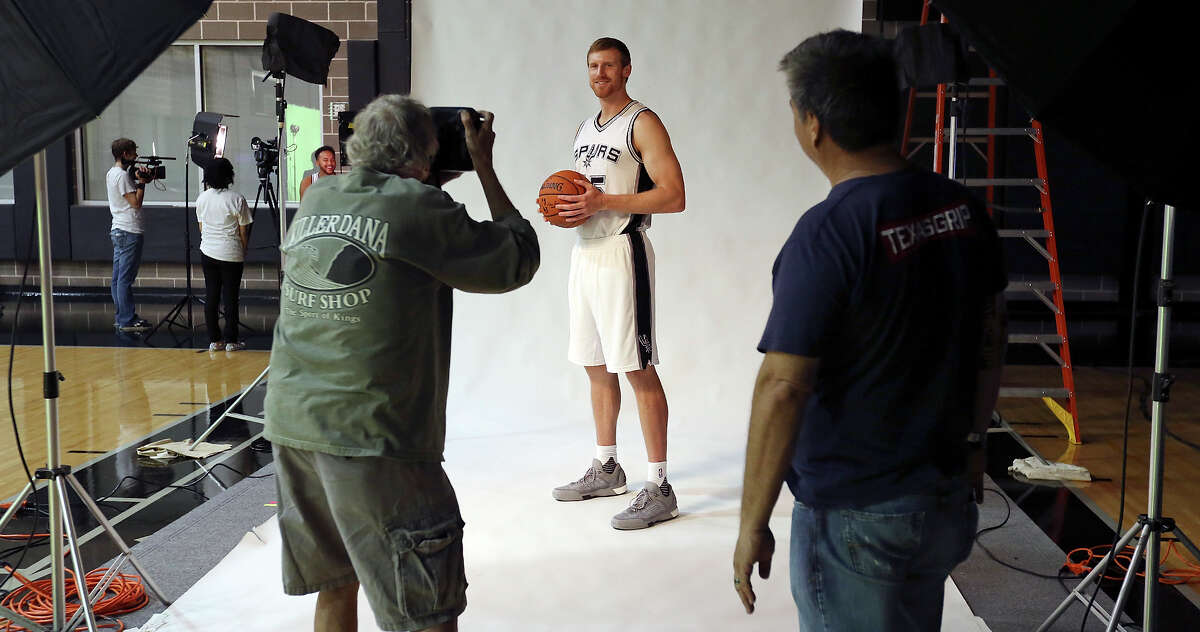 Spurs' Matt Bonner is photographed during media day on Sept. 28, 2015 at the team's practice facility.