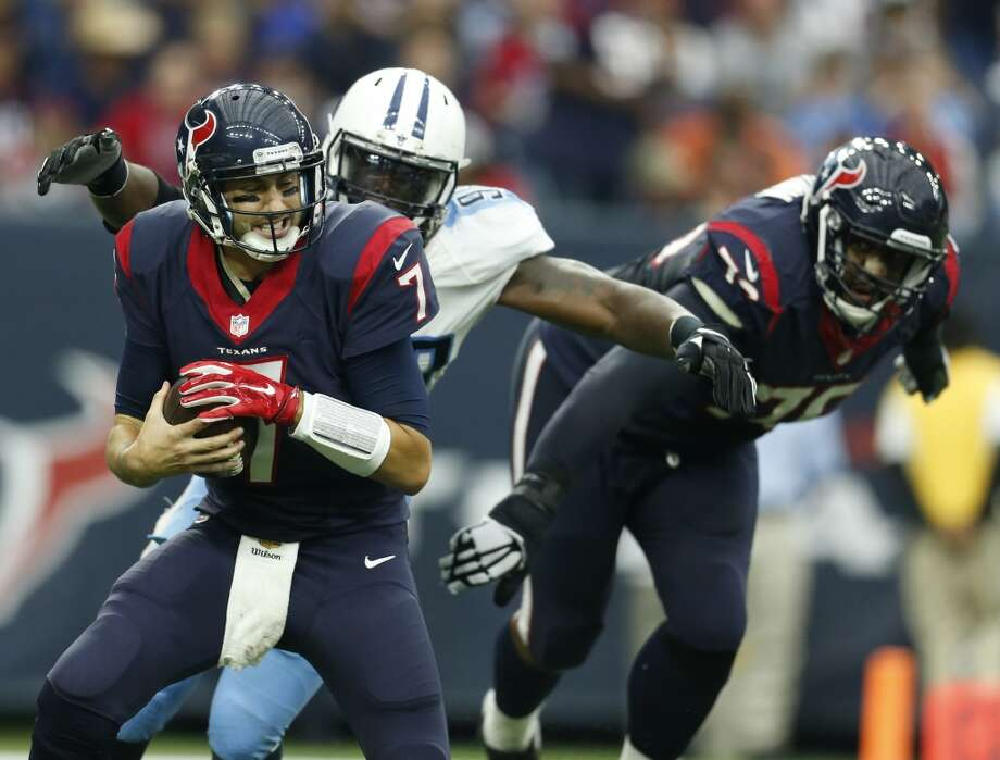 Houston Texans quarterback Brian Hoyer (7) gets sacked by Tennessee Titans outside linebacker Brian Orakpo (98) during the second quarter of an NFL game at NRG Stadium on Sunday, Nov. 1, 2015, in Houston.   ( Karen Warren / Houston Chronicle ) Photo: Houston Chronicle