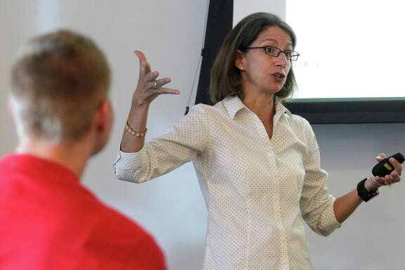 Rebecca Richards-Kortum on Thursday lectures to her class at Rice University. She moved to Rice to collaborate more with the Texas Medical Center on cancer.
