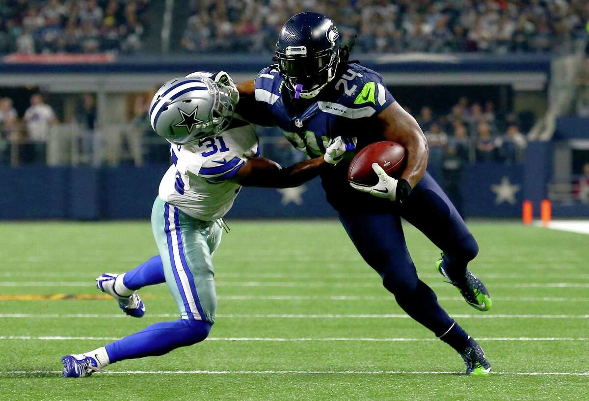Running backs: It was a weird day for Marshawn Lynch, who had seven runs of 6-plus yards and five runs where he lost yardage. He pounded the Cowboys for much of the game, but just couldn't break the kind of long run we're used to seeing him make at the end of games. Thomas Rawls and Fred Jackson were unspectacular in relief. Grade: C+