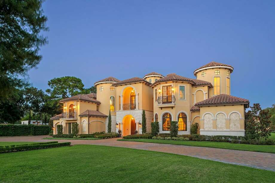 Former Houston Rockets point guard Mike James is selling his west Houston home. Photo: Martha Turner/ Sotheby's