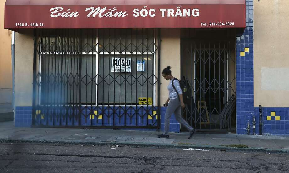 The exterior Bun Mam Soc Trang restaurant in Oakland. Photo: Liz Hafalia, The Chronicle