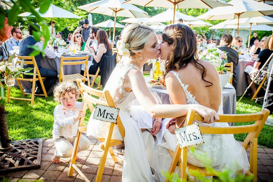 The May 23rd wedding of Stacy Wakefield and Bruna Rocha was held at Flying Cloud Farm with nearly a hundred guests attending, many from Oklahoma. Photo: Christophe Genty Photography