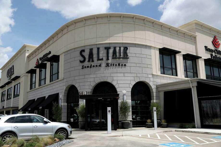 SaltAir Seafood Kitchen has announced it will close on Oct. 27. Photo: Gary Coronado, Staff / © 2015 Houston Chronicle