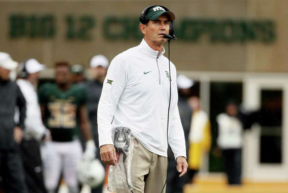 Baylor head coach Art Briles watches late in the second half against Iowa State on Oct. 24, 2015, in Waco. Baylor won 45-27. Photo: Tony Gutierrez /Associated Press / AP