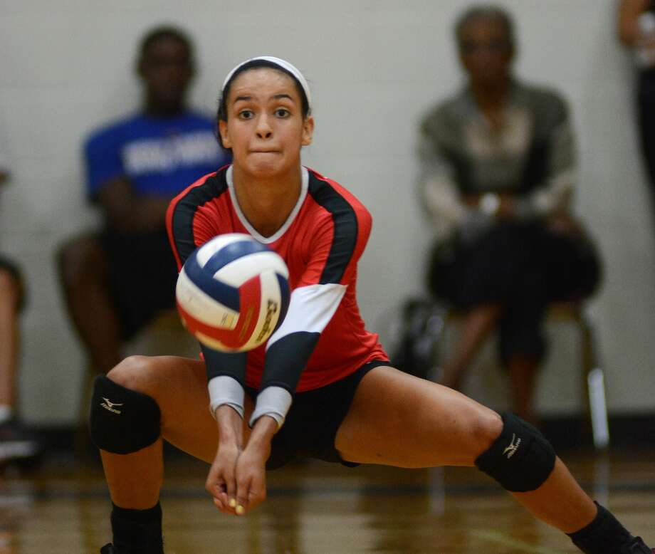 Bellaire senior right side hitter Sundara Chinn works to the ball against Coppell during Gold Bracket play at the 2015 Adidas Texas Volleyball Invitational at Pearland High School on Friday, August 14, 2015. (Photo by Jerry Baker/Freelance) Photo: Jerry Baker, For The Houston Chronicle
