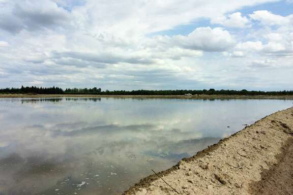 Restricted use: During fallow or dormant periods, agricultural lands have the potential to serve as percolation basins for groundwater recharge.