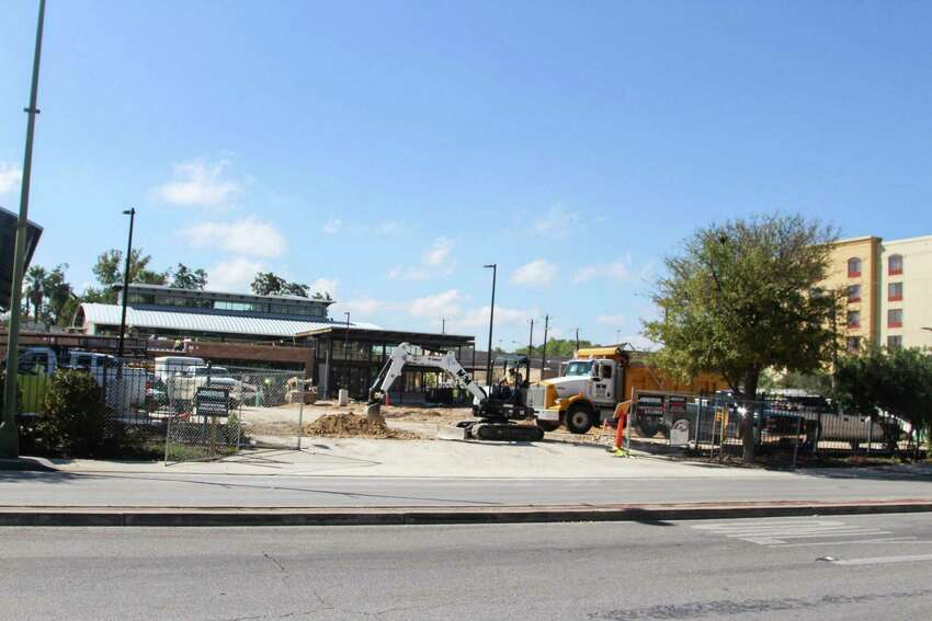 The H-E-B market at César Chávez and Flores Street is slated to open Dec. 2.