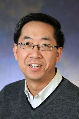 DLA Piper added Sherwin Chen as of counsel in the firm's corporate practice and life sciences sector.
