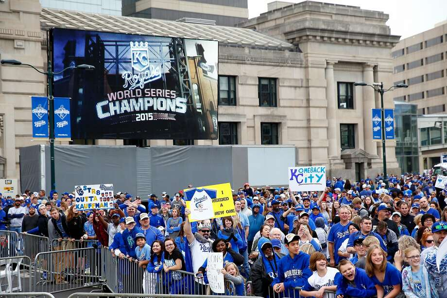 Kansas City fans cheer during Tuesday's rally in honor of the Royals' World Series win. Photo: Jamie Squire, Getty Images