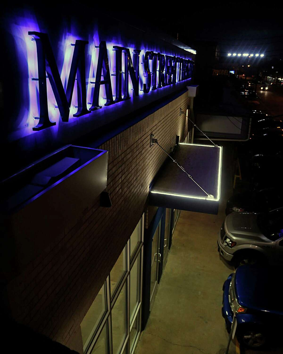 The sign of the recently renovated Main Street Theater Thursday, Oct. 29, 2015, in Houston. ( James Nielsen / Houston Chronicle )