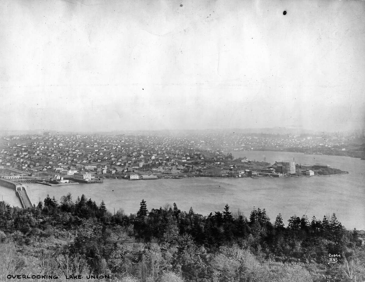 Wallingford and North Seattle, as seen from Queen Anne hill on Nov. 16, 1911.