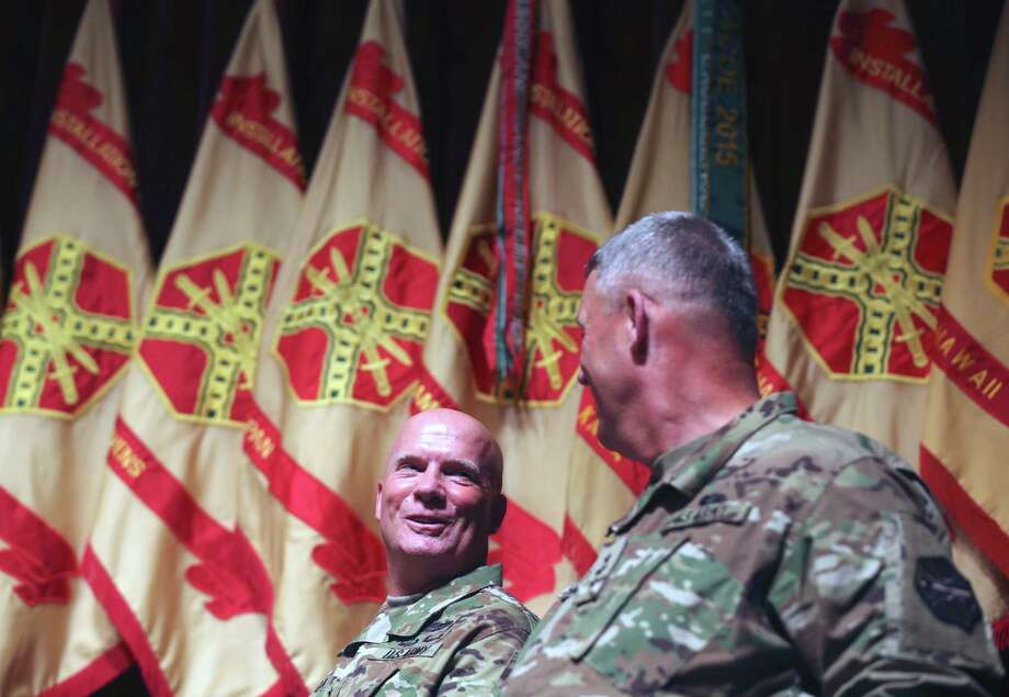 Newly appointed commander of the Installation Management Command Lt. Gen.Kenneth Dahl, left, smiles Tuesday afternoon Nov. 3, 2015 at Joint Base San Antonio-Ft. Sam Houston with out-going commander Lt. Gen. David Halverson moments after Dahl received command of IMCOM. Photo: WILLIAM LUTHER, Staff / San Antonio Express-News / © 2015 San Antonio Express-News