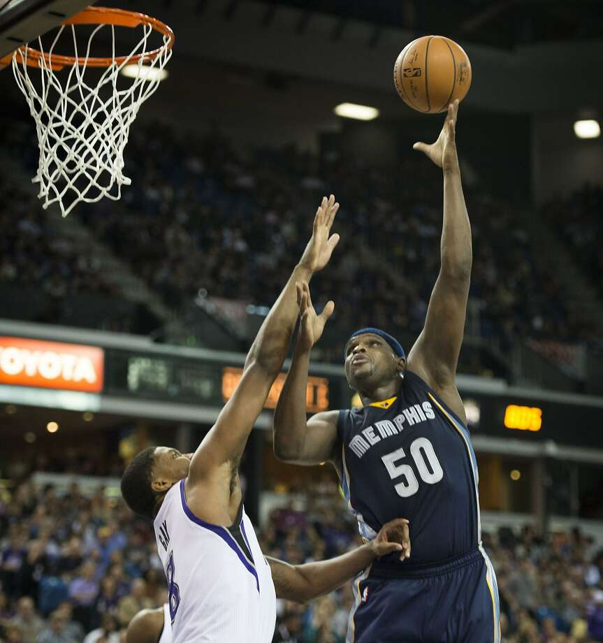 Zach Randolph (50) had 20 points and 11 rebounds against the Kings. Photo: Hector Amezcua, McClatchy-Tribune News Service