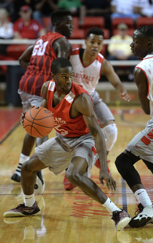 Meet the Lamar Men's Basketball 2015-2016 Basketball TeamLamar's Lincoln Davis drives the ball against his teammates during a scrimmage game at the Montagne Center on Tuesday.