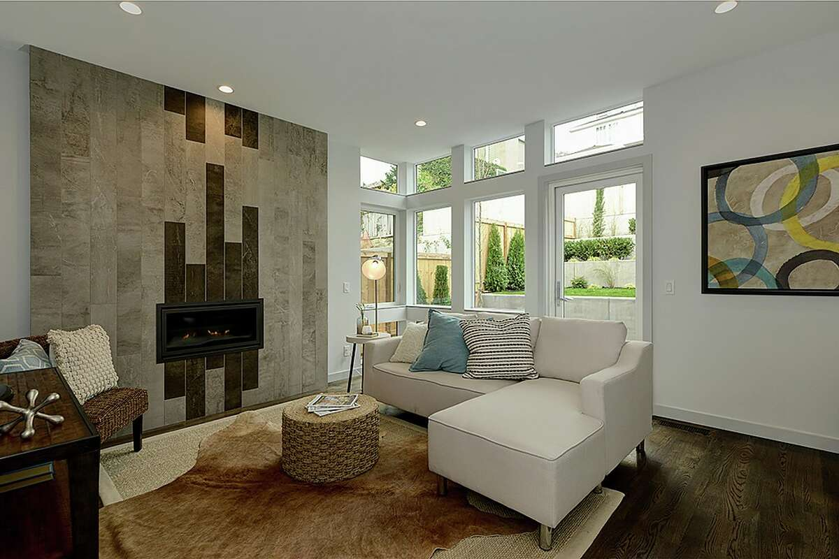 Living space in 5148 N.E. 41st St.