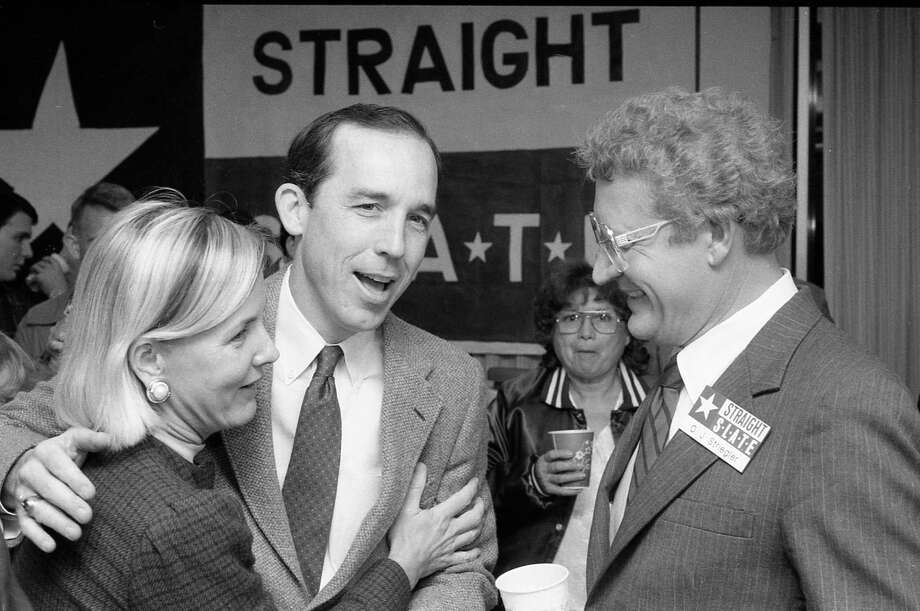 Nov. 5, 1985: Steven Hotze, campaign chairman for the anti-gay Straight Slate, speaks with Straight Slate city council candidate O.J. Striegler at an election night party. Photo: E. Joe Deering, Houston Chronicle / Houston Chronicle