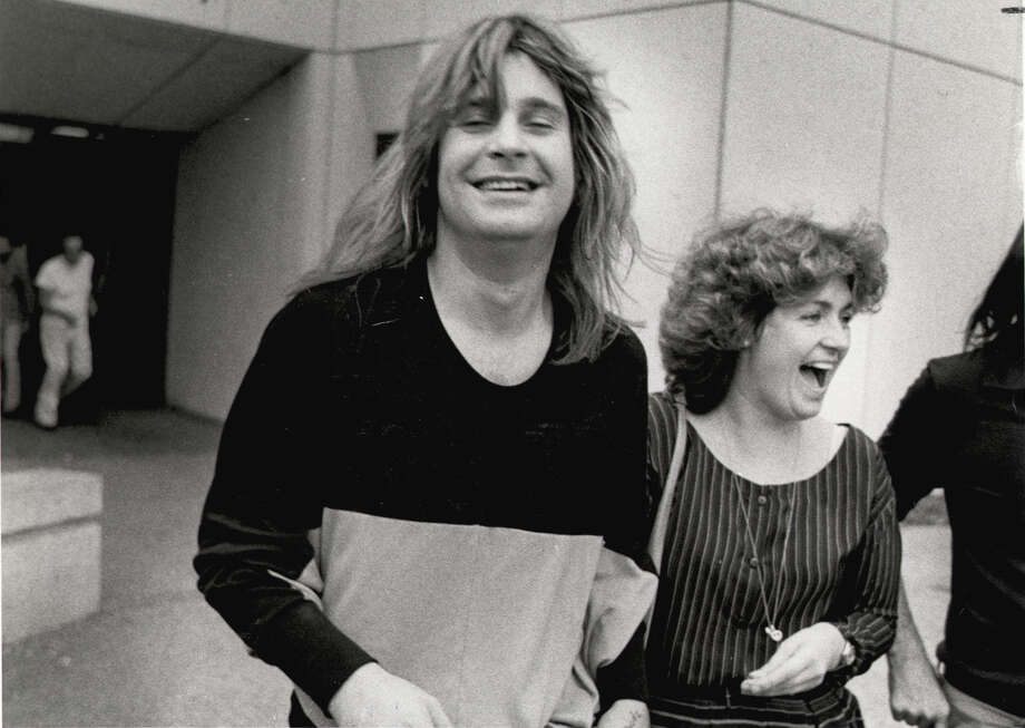 Ozzy Osbourne and his manager, Sharon Arden (now his wife), leave the Bexar County Adult Detention Center on Feb. 19, 1982, after he was arrested for urinating on the Alamo Cenotaph. Photo: EXPRESS-NEWS FILE PHOTO