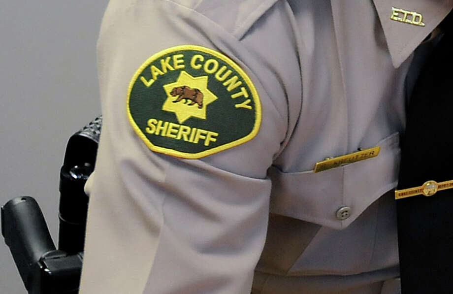 Lake County Sheriff's deputies found the Jeep containing the body of Noelle Anne Shofner. Photo: Michael Short / Michael Short / Special To The Chronicle / ONLINE_YES