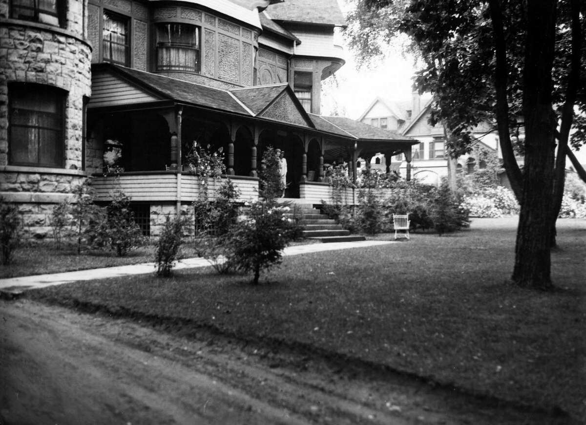 Saratoga Springs house owned by Gaylord Tucker,Sept. 2, 1931. (Times Union Archive)