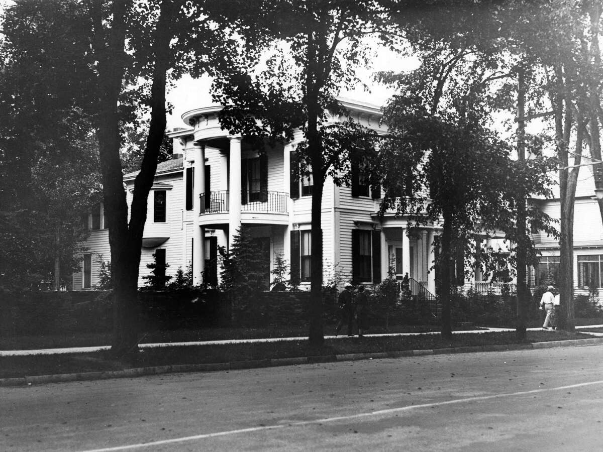 Saratoga Springs house owned by Mary E. Lonergan at 85 Union Ave., Saratoga, June 19, 1934. (Times Union Archive)