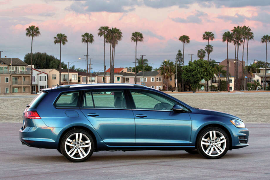 2015 Volkswagen Golf SportWagen TSI SEL (photo courtesy VW) Photo: JAMES HALFACRE / JAMESHALFACRE.COM