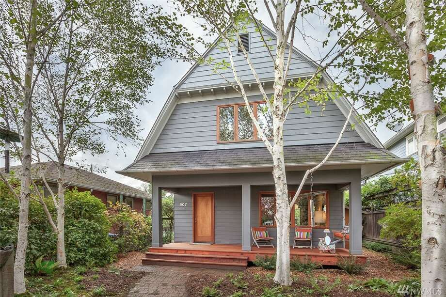 The first home, 807 24th Ave., is listed for $759,000. The three bedroom, 1.5 bathroom home in the central area is an early-20th century Dutch Colonial with high ceilings, a spacious kitchen and territorial views.